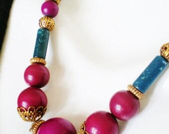 "Vintage Necklace Choker Pantone Colors Cognacs Sangria Emerald Glass Lucite Filigree Metal Beads 22"" Retro Chic Radiant Classic Statement"