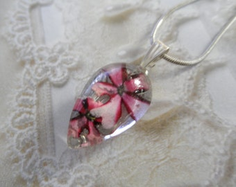 Pinwheel Pink-Red Ombre Verbena Real Pressed Flower Small Glass Teardrop Pendant-Symbolizes Enchantment-Gifts Under 25