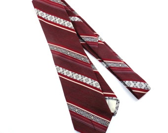 Burgundy Striped Vintage Wide Tie 1970s Mens Necktie Tie - FREE Domestic Shipping