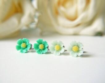 Mint Green Flower Titanium Stud Earrings Simple Dainty Everyday Children Hypoallergenic Earrings