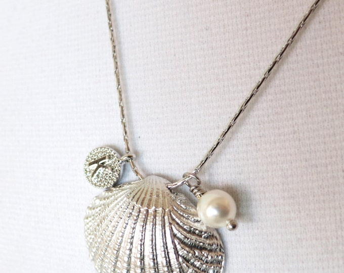 Cockle Shell - Silver cockle Sea Shell necklace, personalised gift for her, sea lover, beach wedding party, bridesmaid necklace, Oceanic
