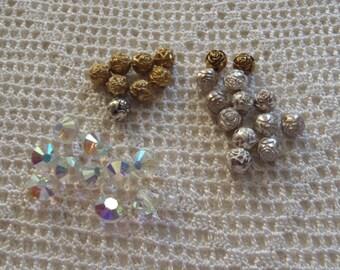 Vintage Beads Rosebuds & Crystals