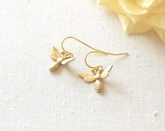 Gold Bee Earrings.  Honey Bee Brass Earrings. Bee Jewelry. Wasp Earrings. Nature Inspired. Insect Earrings. Insect  Jewelry.