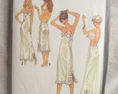 Simplicity 8862 Misses Slip and Half Slip 1970s Vintage Sewing Pattern Bust 42