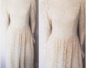 Vtg.80s Cream Lace Puff Sleeve Low Back Maxi Dress.Size.M.Bust 36-38.Waist 29-31.