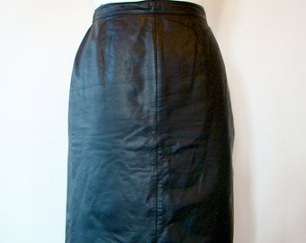 Vintage 80s / Black / Leather / Pencil Skirt / SMALL