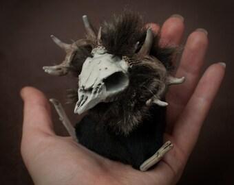 Caberfeidh Abdab - spooky halloween stag skull plushie