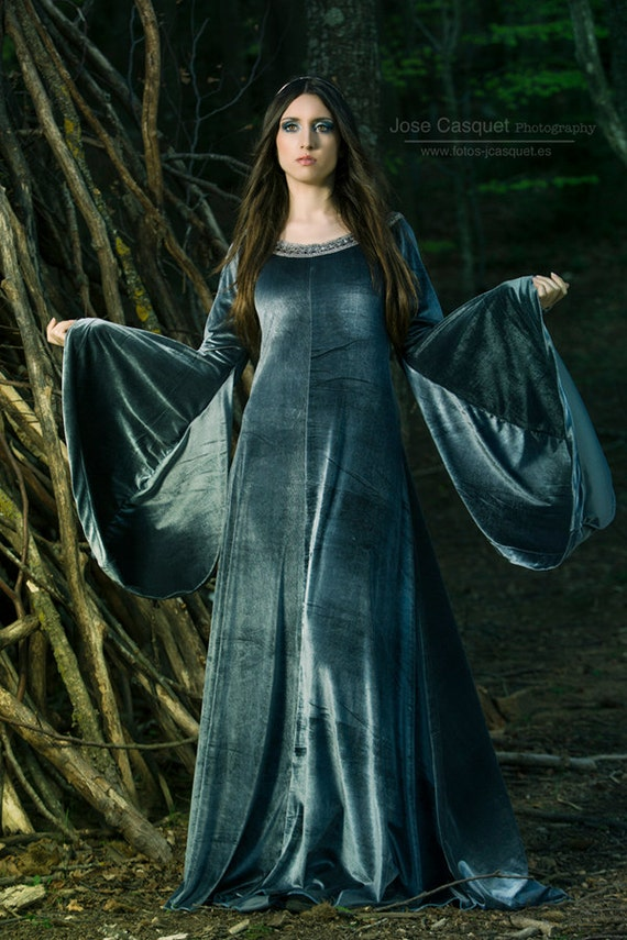 Elven Queen medieval costume in velvet grey