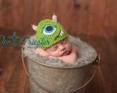 newborn monster hat.. photo prop... baby monster hat..knit hat photo prop... newborn photography prop...20% off with code VALEN1 at checkout