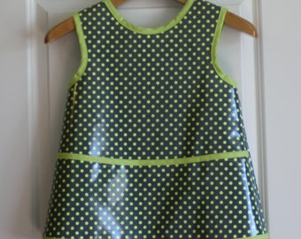 SALE 20% OFF Kids 4/5 Kids Sleeveless Art Smock Craft Smock in Gray with Lime Green Dots
