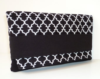Foldover Clutch with Hand-strap - Quatrefoil on Black