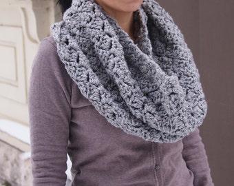 Crochet PATTERN woman loop circle scarf  women cowl neckwarmer snood  bulky oversized scarf DIY photo tutorial Instant download