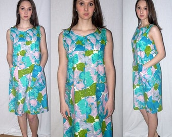 My girl .. Vintage 60s day house dress / zip front sleeveless / watercolor abstract floral / housewife mad men mod frock .. S M