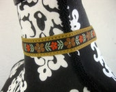 Gorgeous Hippie Necklace from the 60s - Brown with Floral Embroidery - Rare