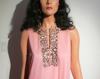 Groovy Nightie, nightgown, Gown Vintage 1970.  Vassarette, Size 36.  Made in USA.  Gold trim.  Peach Chiffon.