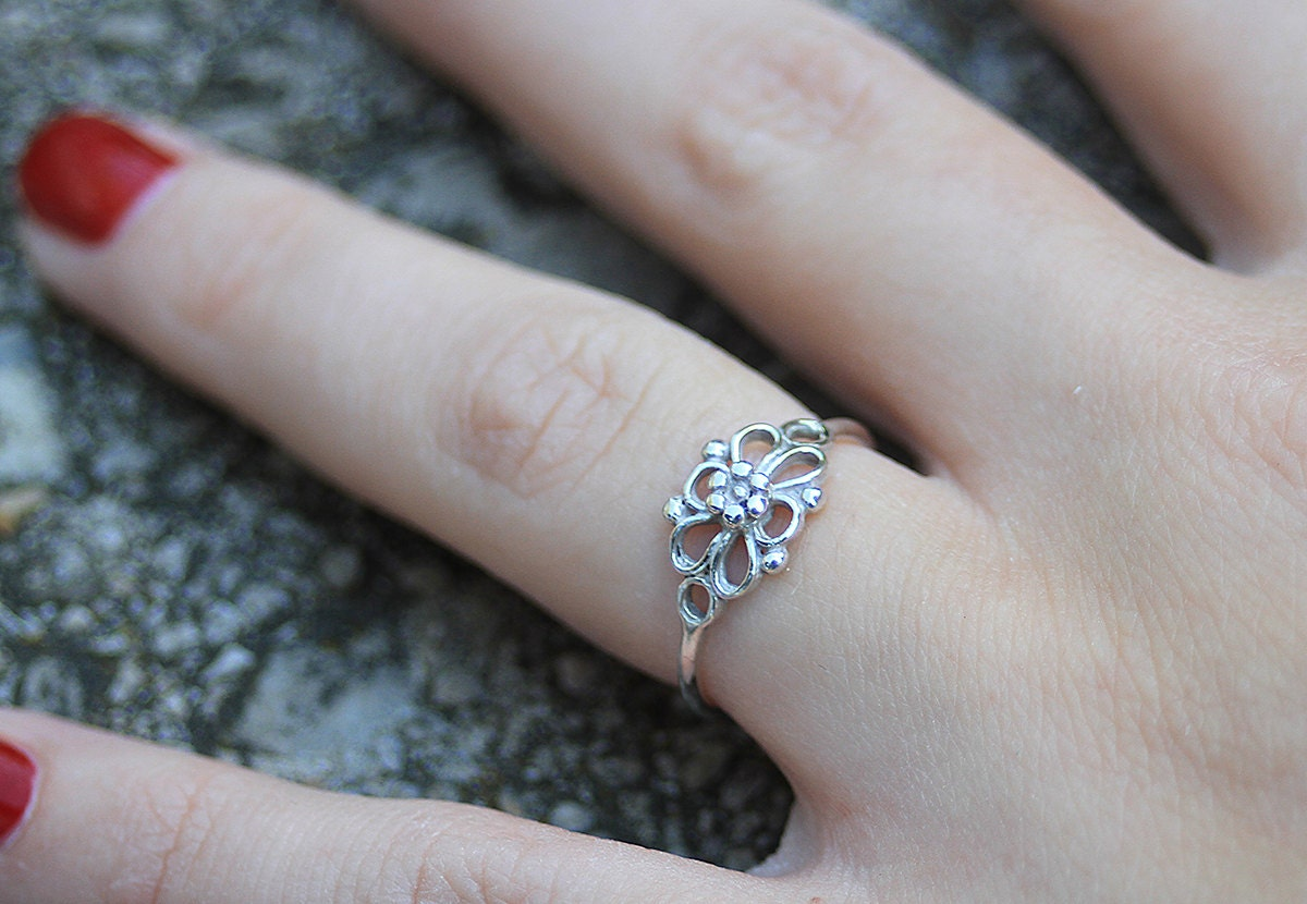 sterling silver filigree flower ring flower ring women. Black Bedroom Furniture Sets. Home Design Ideas
