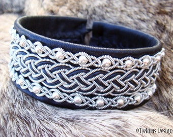 GERE Sami Bracelet Cuff - Scandinavian Swedish Bracelet in Black Reindeer Leather with Sterling Silver beads - Handcrafted Lapland Beauty