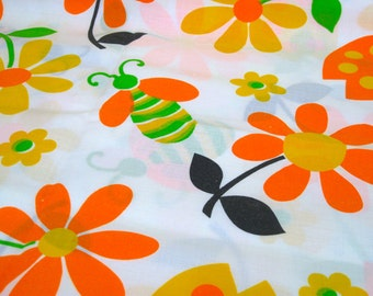 """Vintage Fabric - Mod Flower Power Lady Bugs & Bees -  33""""L x 44""""W - Retro Sewing Material - Craft Supply - Yardage"""