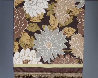 Table Runner- Large floral pattern- Handmade- by beckyzimmdesign