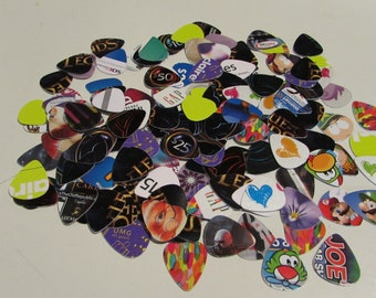 20 Guitar Picks Mandolin Recycled Gift Cards Music