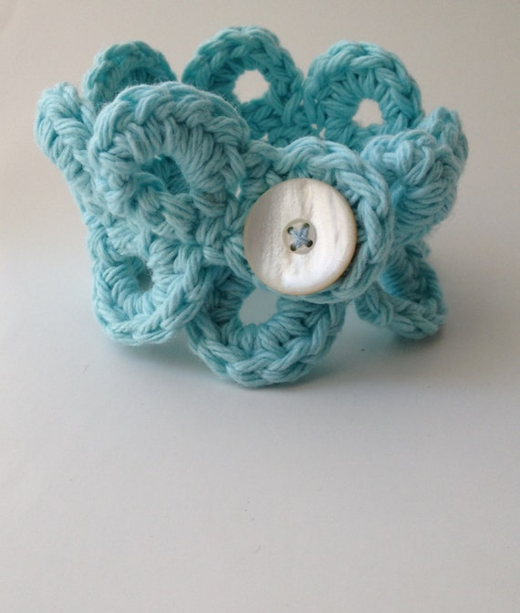 Crocheted Lace Bracelet with Vintage Button
