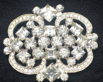 Vintage Decorative White Rhinestone Brooch Pin