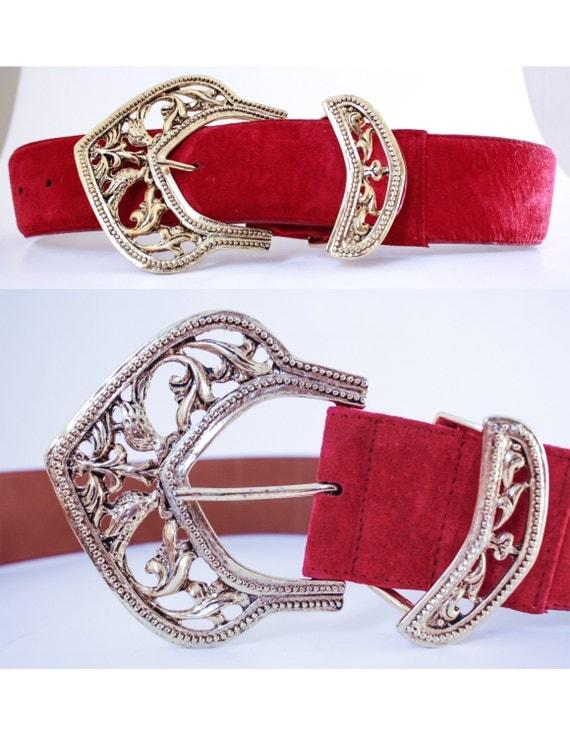 vtg 80 s magenta leather waist belt w ornate gold buckle