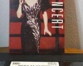 Reba McEntire - Reba in Concert - VHS video cassette, 71min/color (MCA Music Video,1991) ~ 90s Country music