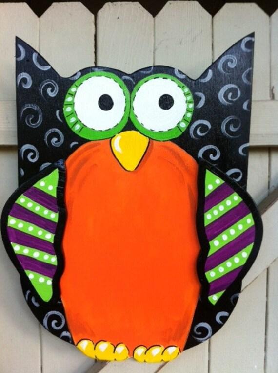 Halloween Owl Wooden Door Hanger Hand Painted Personalized ~ 102409_Halloween Owl Door Hanger