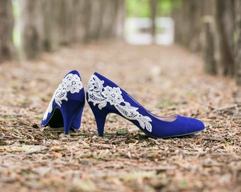 SALE. Wedding Shoes  - Blue Wedding Heels, Bridal Shoes, Blue Heels, Bridal Heels, Blue Pumps, Low Wedding Shoes with Ivory Lace. US Size 6