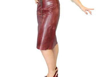 Vintage burgundy leather skirt by Banana Republic. Butter soft distressed leather. Oxblood pencil skirt size SMALL. Valentine's gift for her