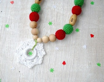 Nursing necklace Christmas baby gift Snowflakes Teething ring toy Christmas necklace  Green red Kokadi wrap Winter Babywearing necklace