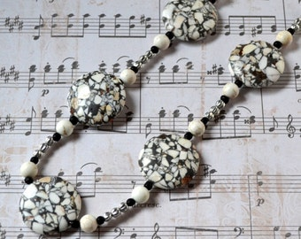 Natural Stone Gray Black White Statement Necklace Silver Chunky Fashion Jewelry Large Agate Discs Rustic Free Shipping Paisley Beading