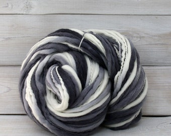 Titan - Hand Dyed Thick & Thin Merino Wool Bulky Chunky Yarn - Colorway: Snow Camo