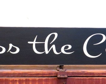 Kiss the cook - kitchen sign - kitchen decor wall hanging - rustic sign - wall hanging sign - rustic decor