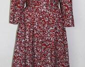 Elegant 1980s Vintage Secrets Red Dress with Cream Leaf Design