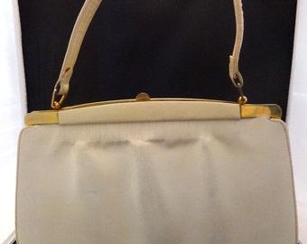 Vintage 50s Antique White Handbag and Matching Change Purse
