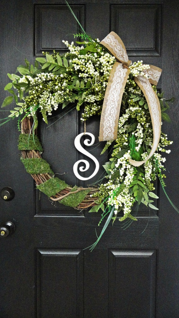 Spring and Summer Berry Wreath, Wreath with Burlap and Berries, Spring Moss and Burlap Wreath, Spring Wedding Wreath