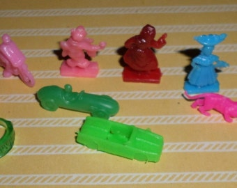 Vintage Lot of Teeny Tiny Cracker Jack Gumball Prizes People Lucky Rings Cars Motorcycles Animals FUN 50's 60's