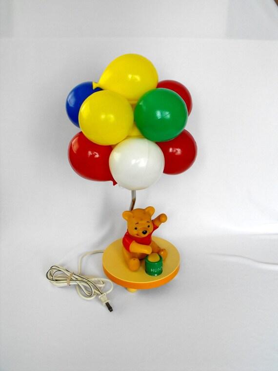 vintage lampe winnie le pooh bear avec ballons color s disney. Black Bedroom Furniture Sets. Home Design Ideas