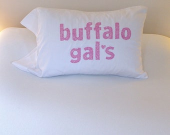 Christmas Pillowcase Buffalo Gals Cowgirl Western It 39 S A Wonderful Life Country Holiday