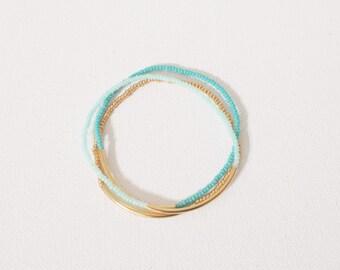 Set of 3 Ombre turquoise bracelets,seed bead bracelet,mint teal and gold bracelet,minimalist bracelet,seed bead bracelet,noodle,bar bracelet