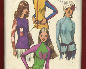 1971 Simplicity 9560 Zipper Raglan Sleeve Tops with Funnel Neck Ipod Pockets Size 10