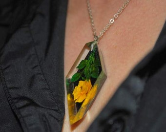 Yellow rose reversed carved Lucite pendant on Sterling silver chain. Vintage 1940-50's Lucite necklace.