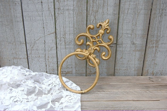 Towel holder shabby chic gold hand painted cast iron for Shabby chic towel stand