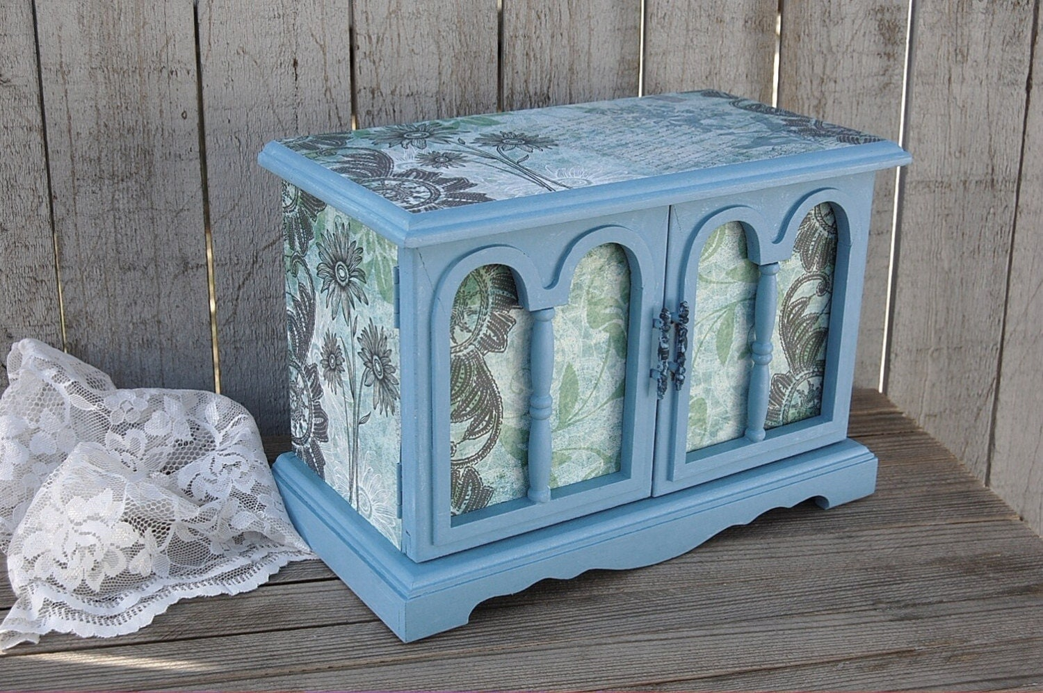 shabby chic jewelry box music box blue decoupage upcycled. Black Bedroom Furniture Sets. Home Design Ideas