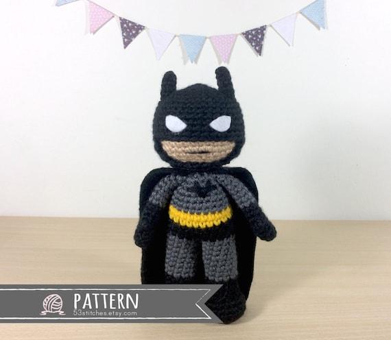 Batman Amigurumi Patron Espanol : Batman Amigurumi ganchillo muneca patron por 53Stitches en ...