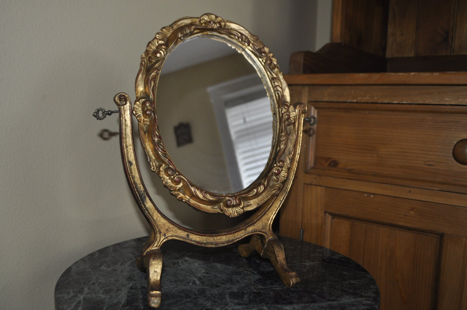Hand carved vintage standing mirror antique gold red black for Gold standing mirror
