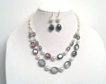 Beautiful Crystal and Pearl Necklace and Earring Jewelry Set || Green Pink Sparling Crystal Gem and White Glass Pearl
