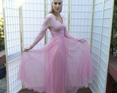 Vintage 50's Pink Princess Gown . Fairy Tale Jersey Knit Bodice & Chiffon Skirt . MISS ELLIETTE Calif. label . Long sleeve . Ruched Waist
